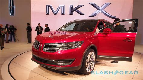 Buick Mkx Lincoln Courts Suv Luxe With 2016 Mkx Slashgear