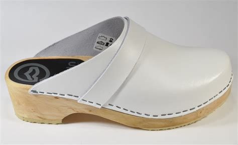 white clogs for white standard clogs le comptoir scandinave