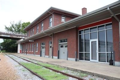 former gulf mobile ohio rr depot jackson ms