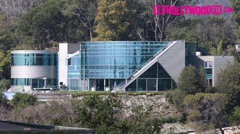 justin bieber s glass mansion turned into set 2 17 15