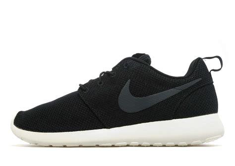 Nike Rhose nike roshe buyniketrainersonline co uk
