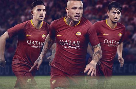As Roma 01 as roma 18 19 home kit revealed footy headlines