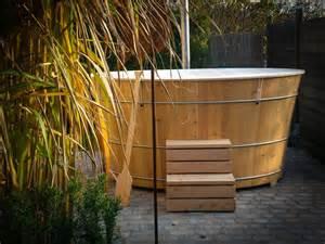 bottich badewanne badebottich idyllisch balubad
