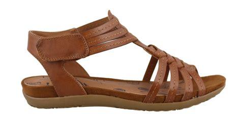bare trap sandals s bare traps raygan sandal womens shoes peltz shoes