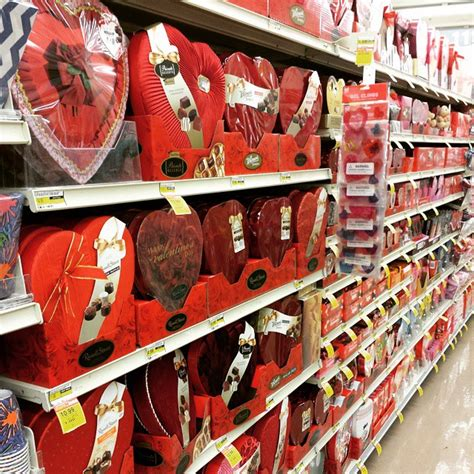 valentines day store s day already k 178 r