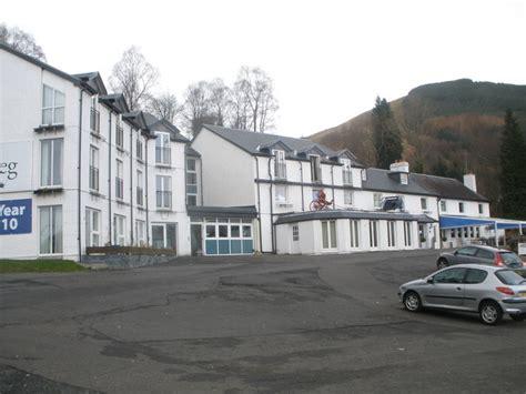 the inn at loch lomond inverbeg inn loch lomond 169 ferguson cc by sa 2 0
