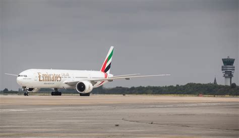 Emirates Tunisia | tunisia bans emirates from landing in tunis gulf business
