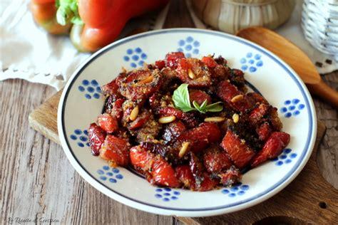 come cucinare peperoni in padella peperoni ammollicati cotti in padella o al forno ricetta