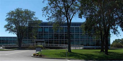 900 Cottage Grove Road Bloomfield Ct by Connecticut General Insurance Company Headquarters
