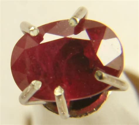 Ruby 3 65ct thai ruby oval 65ct 3 85mm x 5 4mm