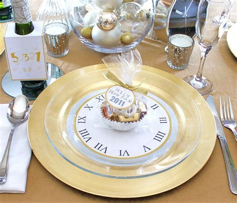 new years dinner at home silver and gold free new years downloads
