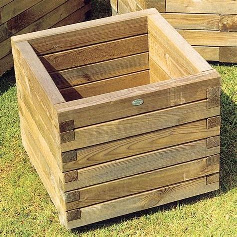 Wood For Planter Box by 17 Best Ideas About Wooden Planters On Wooden
