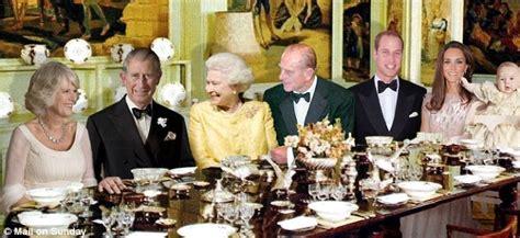 Black Formal Dining Room Sets by The Royal Family S Sandringham Chrismas Dinner Daily