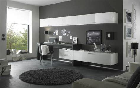 schreibtisch einrichtung wohnwand mit schreibtisch als arbeitsplatz im wohnzimmer