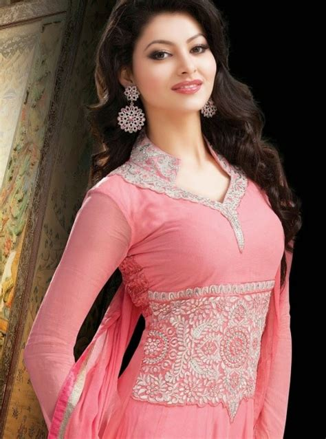 biography of urvashi rautela urvashi rautela miss universe biography age date of