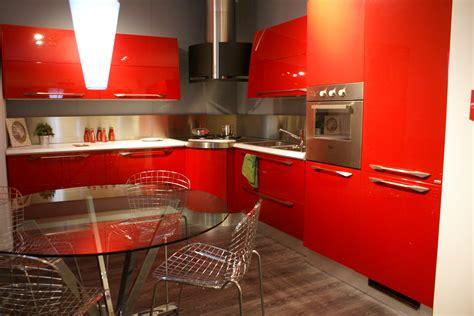 cucina scavolini rossa cucina scavolini flux moderna laccato lucido rossa