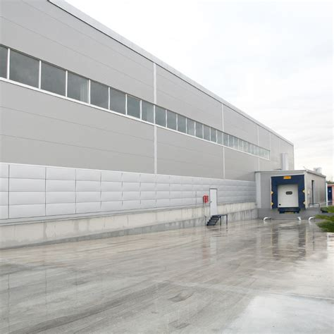 capannoni in acciaio capannoni in acciaio fato logistic equipments s p a