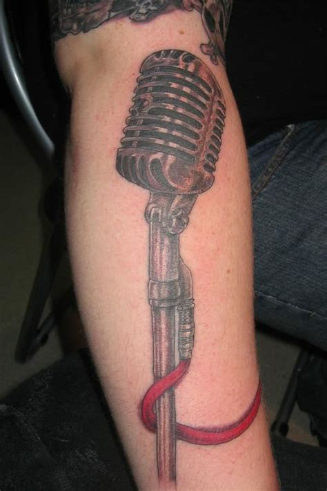microphone tattoo hand 41 best images about mic tattoo on pinterest pearl jam