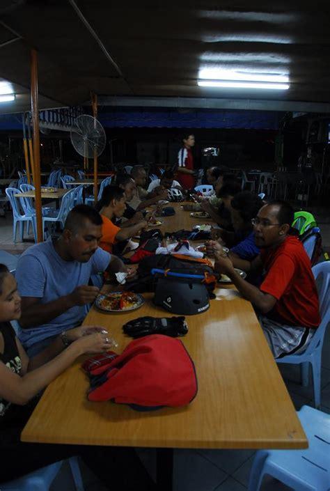 Nasi Kukus Teriikan Peda Atau Ayam pedal krem riders kl pd kl 13 15 02 2009