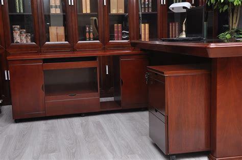 prezzo scrivania ufficio prezzi scrivanie ufficio trendy scrivanie forma with