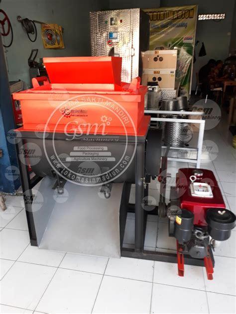 Mesin Pengaduk Pakan Ternak Sederhana mixer pelet toko mesin madiun