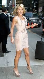 On the friday may 17 2013 quot live kelly ripa jeans brand kelly