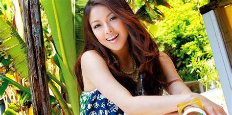 korean actress singer yuna yuna ito singer actress jpop