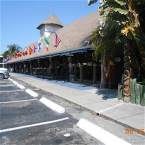 Paradise Tiki Hut Cape Coral paradise tiki hut bar grill 31 foton 44 recensioner tikibarer 1502 miramar st cape