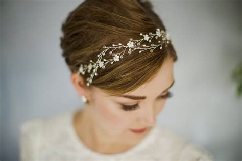 Wedding Hair Accessories For Haired Brides by Hair Wedding Inspiration For Brides Of All Styles