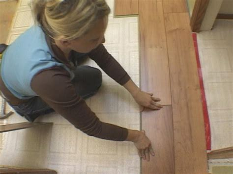 How To Float A Shower Floor by How To Install A Floating Laminate Floor How Tos Diy