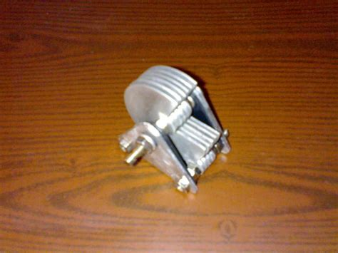how to make a capacitor with household items air variable capacitor from scrap aluminum sheets