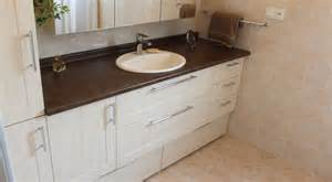 grand meuble de rangement salle de bain