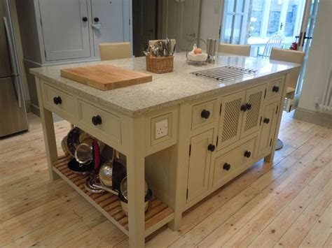 freestanding kitchen islands best 25 free standing kitchen units ideas on pinterest