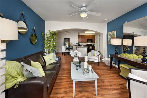 1000 west charleston sc apartment finder
