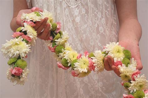 Wedding Hair With Flower Garland by Make Your Own Wedding Garland Hgtv