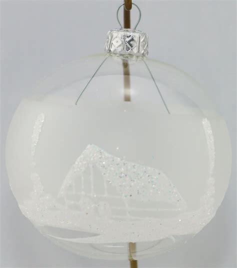 durchsichtige weihnachtskugeln durchsichtige weihnachtskugeln mit winterlandschaf aus glas