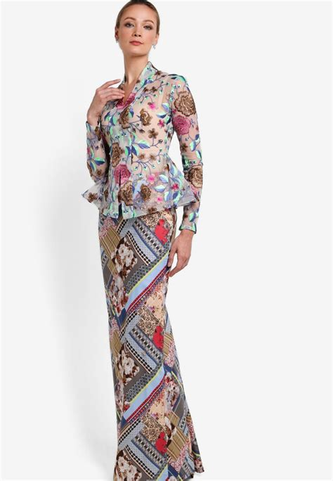 zalora malaysia baju kebaya rizalman for zalora melba kebaya nyonya kebaya baju