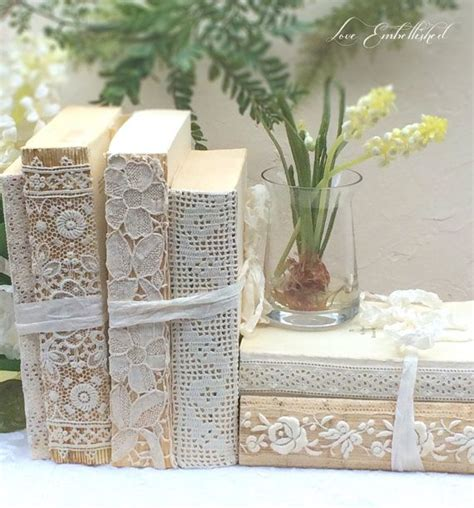 vintage shabby chic decor 25 best ideas about shabby chic crafts on
