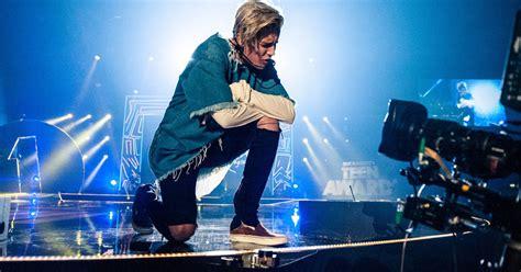 ed sheeran love yourself hear justin bieber s ed sheeran penned song love