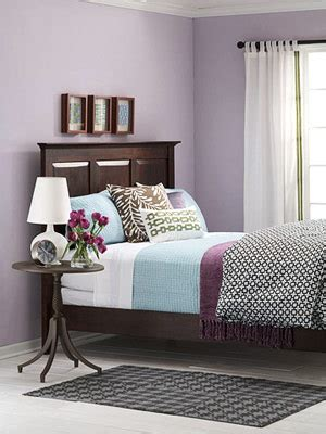 light purple bedroom walls what color bedding goes with light purple walls yahoo