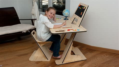 Kid At Desk The Multipurpose Azdesk From Designer Guillaume Bouvet Interior Design Ideas And Architecture