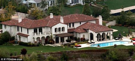 Justin Bieber S House by Justin Bieber House Calabasas California