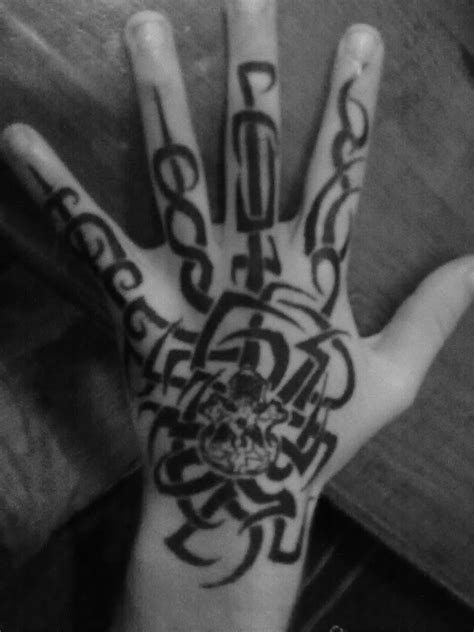 pen tattoo hand hand pen tattoo by faust 2 by katenkyokotso on deviantart