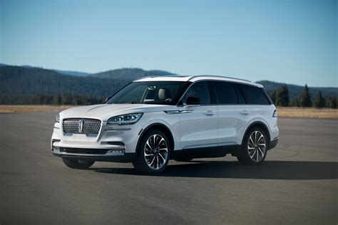 ford aviator 2020 2020 lincoln aviator look aviator takes flight