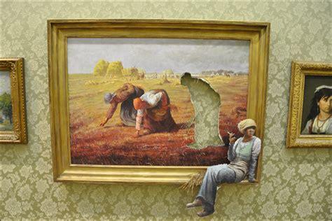 show de painting in pictures banksy s bristol show