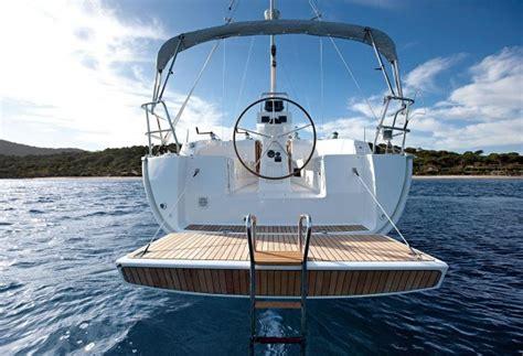 snelheidsmeter open zeilboot zeiljacht of zeilboot huren enjoy sailing zeilboot verhuur