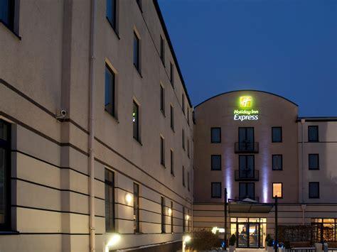 hotel inn express dortmund inn express dortmund au 223 enansicht sleep and meet