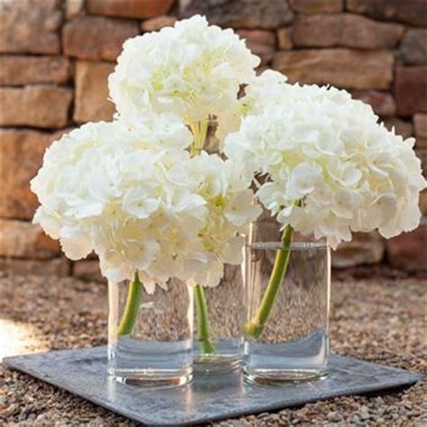 17 best ideas about white centerpiece on white