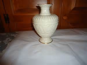 Lenox Athenian Collection Vase by Footed Usa Ceramic For Sale Collectibles Everywhere