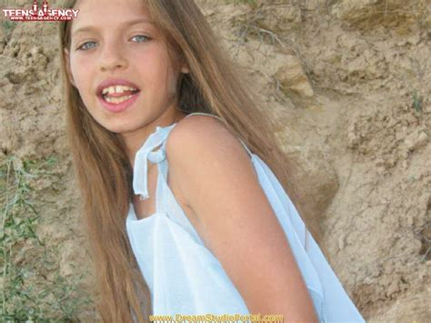 child model ultra imagevenue sandra model gallery newhairstylesformen2014 com